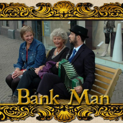 marc-heijnen-bank-man-07
